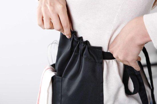 Mijncadeautje - Luxe schort - zwart - Alle vrouwen zijn gelijk - januari