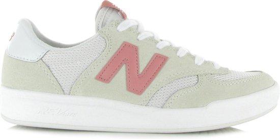 bol.com | New Balance - Wrt 300 - Sneaker laag gekleed ...