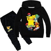 Pokémon trainingspak hoodie zwart - maat 128 - Pikachu - trui en broek - pyjama - kinderen - kleding
