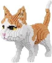 Diamond Bricks wandelende kat