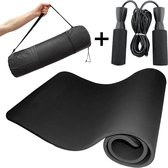 Fitness mat + Springtouw voor conditietraining - Yoga mat met jump rope - Fitnessmat - Springtouw Volwassenen - Yogamat 185 x 65 x 1 cm -  Sportmat   The Social Products