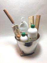 saunaset cadeau set stalen emmer en lepel,zandloper, thermometer, saunamuts en 2 saunageuren