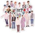 BTS stickers set met 40 stuks - K-pop - Suga - J-hope - Jung Kook - Jin - Rap Monster - V - Jimin - Bangtan Boys - laptop sticker - koelkast sticker- koffer sticker - telefoon sticker