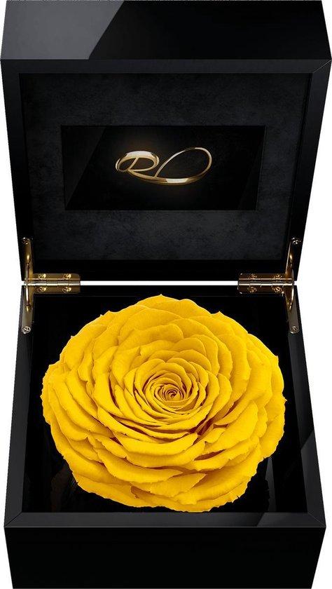 ROSES BY ROSES® - Luxe Video Flowerbox met HD scherm en 1 Longlife XXL Roos Geel - ''Een Persoonlijke Videoboodschap Uploaden'' voor Valentijnsdag, een Bruiloft, een Verjaardag, een Jubileum, moederdag of vaderdag. Een uniek cadeau!