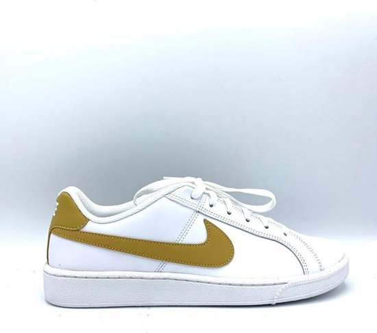 Nike Court Royale Maat 43