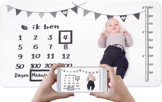 Afbeelding van Mijlpaaldeken - Fotoherinnering - Kraamcadeau - 100 x 150 cm - Zwart/Wit