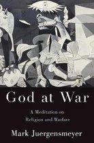 Boek cover God at War van Mark Juergensmeyer