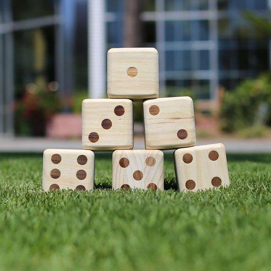 Thumbnail van een extra afbeelding van het spel Strandspel - XXL Dobbelstenen met scorebord en opbergzak - Spel - camping - kamperen - buiten spelen - speelgoed jongens meisjes kinderen