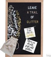 Gadgy Letterbord zwart vilt – 30x45cm - 170 witte, 170 glimmend gouden, 170 glimmend zilveren letters etc. – 100 witte icoontjes – 4 punaises – opbergzakje letters etc.