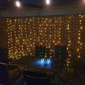 LED Lichtgordijn 3*3 meter op Zonne-energie - 304 Lampen - Warm wit licht - Waterdicht