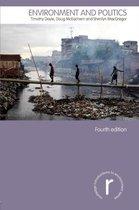 Boek cover Environment and Politics van Timothy Doyle