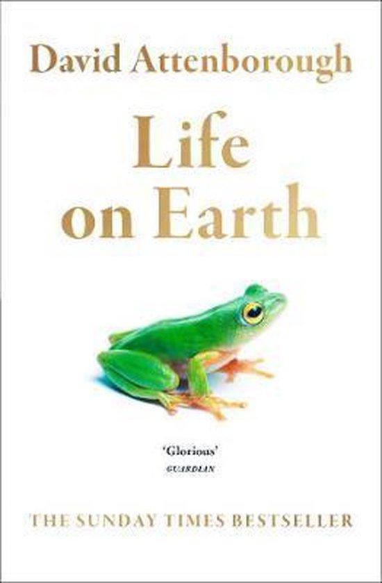 Boek cover Life on Earth van David Attenborough (Paperback)