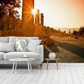Fotobehang vinyl - Zonsondergang boven Efeze in Turkije breedte 360 cm x hoogte 270 cm - Foto print op behang (in 7 formaten beschikbaar)