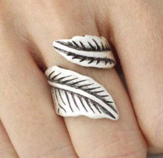 Blad Tibertaans ring  glans zilver- Verstelbaar. - Charme Bijoux