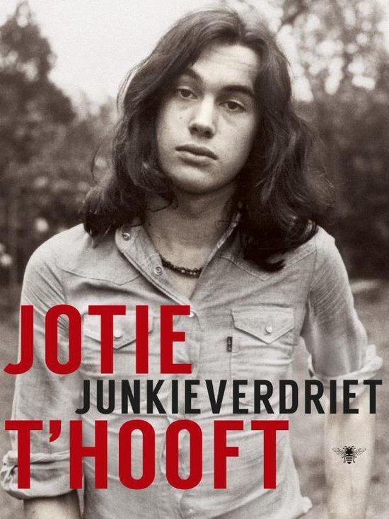 Junkieverdriet - Jotie T'Hooft | Fthsonline.com