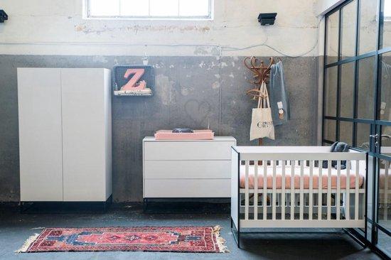 Product: Cabino - Babykamer Dayley - 3-delige - Ledikant - Commode - Kledingkast - Wit, van het merk cabino