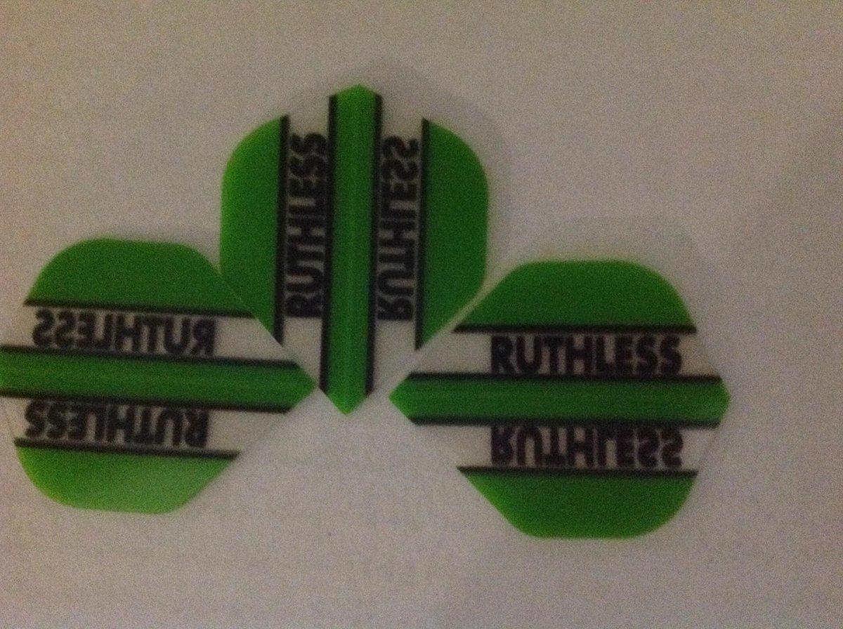 ruthless flights 5 sets groen/doorzichtig