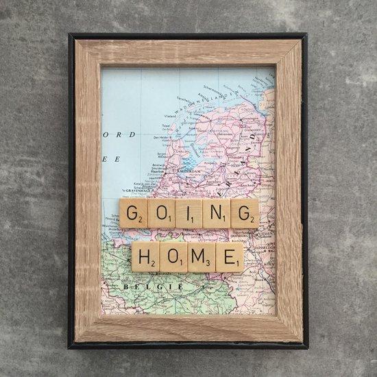 Schilderijtje 3D: Travel. Going home. 16 x 21 cm.