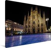 Blauwe vloerverlichting voor de Kathedraal van Milaan Canvas 180x120 cm - Foto print op Canvas schilderij (Wanddecoratie woonkamer / slaapkamer) XXL / Groot formaat!