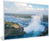 Foto in lijst - Luchtfoto van de Niagarawatervallen fotolijst wit 60x40 cm - Poster in lijst (Wanddecoratie woonkamer / slaapkamer)