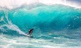 Poster Surfen onder hoge golfen in Hawaii - Watersport - Large 70x50 cm