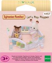 Sylvanian Families spelen in de babybox 4457