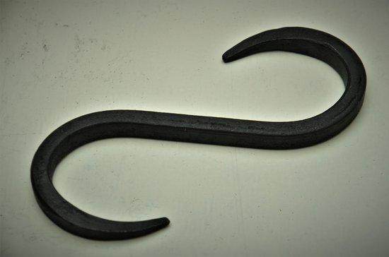 Kolony , S-haak, Small, Gietijzer, 4,5x0,5 x 10 cm