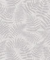 VARENBLAD BEHANG - zilver grijs - Hooked on Walls Natural Forest NF3206