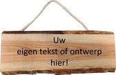 Van hout gemaakte naambord voordeur gepersonaliseerd met eigen tekst en of afbeelding - Boomschors douglas hout - 19x50cm