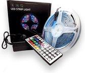 RGB Color changing 5 meter led Strip - 5 meter -led strips - RGB - Met afstandsbediening - 5050 RGB LED - Kleuren strip - led light strip