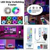 LED Strip Verlichting - Multi Color -  RGB - 5 meter - Zelfklevend - incl. App en Afstandsbediening – met Dimfunctie – Slaapkamer – Keuken – Woonkamer – Gameroom – Bureau - 12 Volt IP20 - 20 LED chips per meter