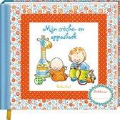 Boek cover Pauline Oud  -   Mijn crèche- en oppasboek van Pauline Oud