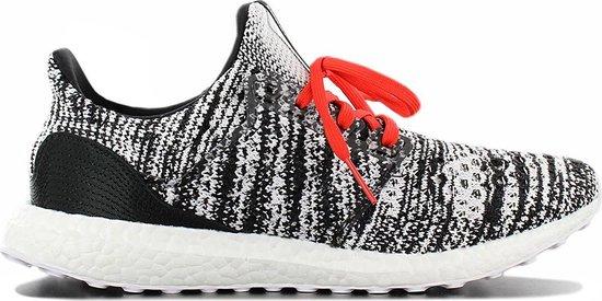 adidas Ultra Boost Clima x MISSONI - Heren Sneakers Sportschoenen Schoenen  Zwart D97743 - Maat EU 43 1/3 UK 9
