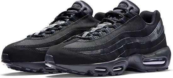 Nike Air Max 95 Sneakers Maat 41 Mannen zwartdonker grijs