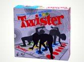 Twister - Vloerspel - Actiespel - Spel voor volwassenen/kinderen - Behendigheidsspel - Spelletjes - Tijdverdrijf - Speelgoed - Alle leeftijden - Voor het hele gezin - Lachen - Klassiek spel - Teamspel - Gezelschapspel - Humoristisch - 2 tot 6 spelers