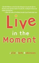 Omslag Live In The Moment