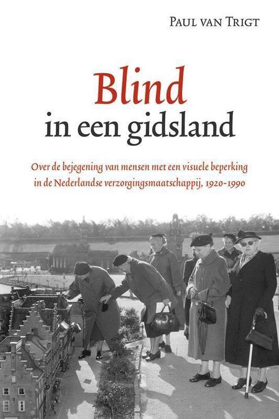 Passage-reeks 43 - Blind in een gidsland - Paul van Trigt |