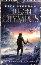 Helden van Olympus 2 - De zoon van Neptunus