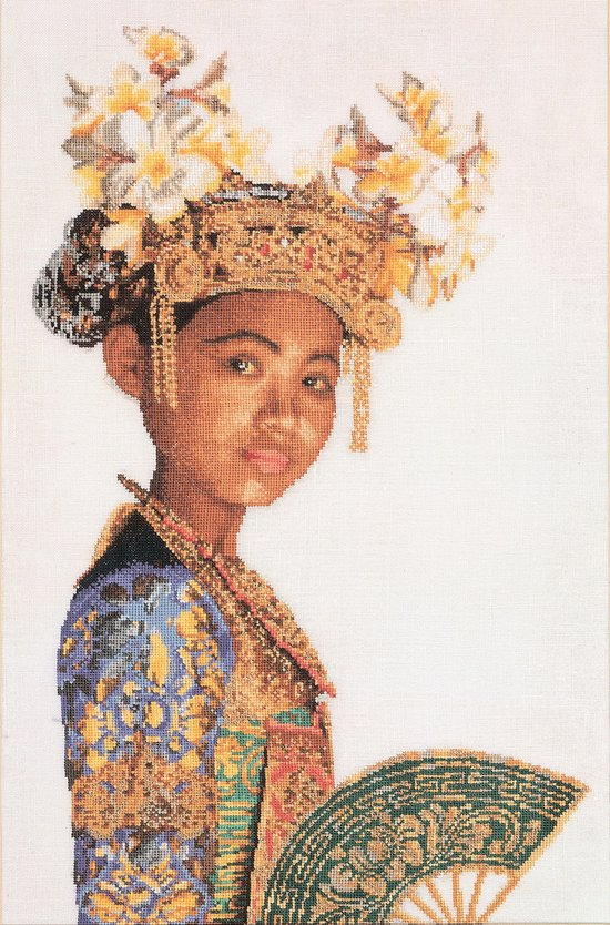 Thea Gouverneur - Borduurpakket met telpatroon - 947 - Voorgesorteerde DMC Garens - Balinese Danser (wit) - Linnen - 38 cm x 59 cm