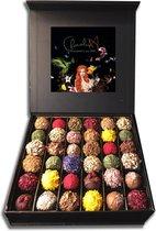 ChocolaDNA handgemaakte Chocolade bonbons truffels in luxe cadeau-verpakking - 36 stuks