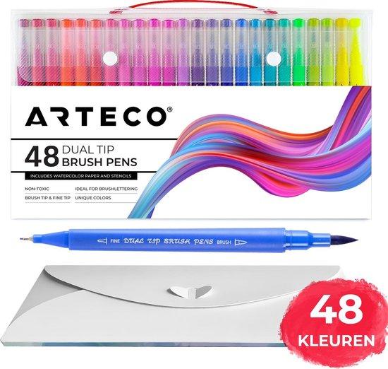 Afbeelding van ARTECO® 48 Brush Pennen - Inclusief Aquarel Papier en Sjablonen - Double Tip Penseelstift - Fineliners en Brushlettering Brush Stiften - Twinmarkers
