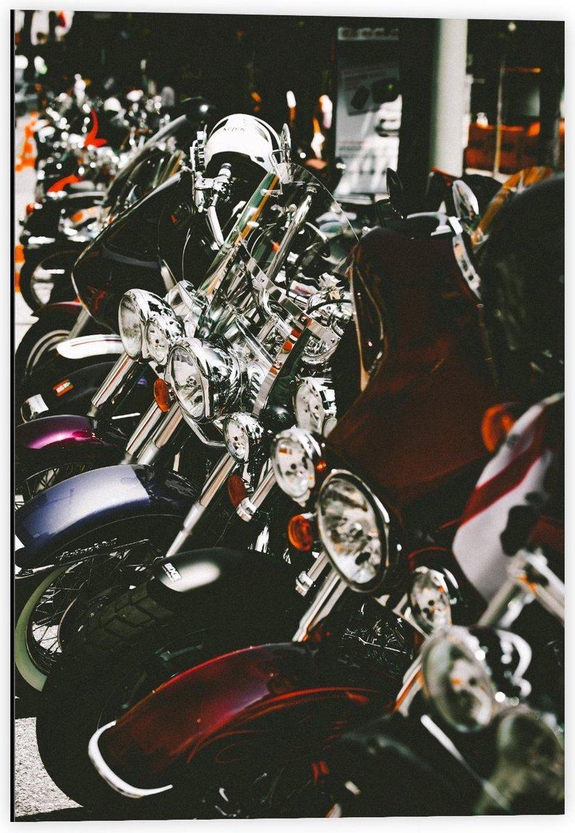 Dibond - Scooter Winkeltje  - 40x60cm Foto op Aluminium (Wanddecoratie van metaal)