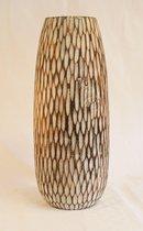 Nusa Originals - Elegante Hoge Houten Vaas - Handgemaakt Houtsnijwerk - Fairtrade - Duurzaam - Fraai Design - 50x15cm - Donkerbruin
