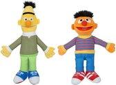 2x Sesamstraat Bert en Ernie knuffels/poppen 38 cm - Bekend van TV Cartoon