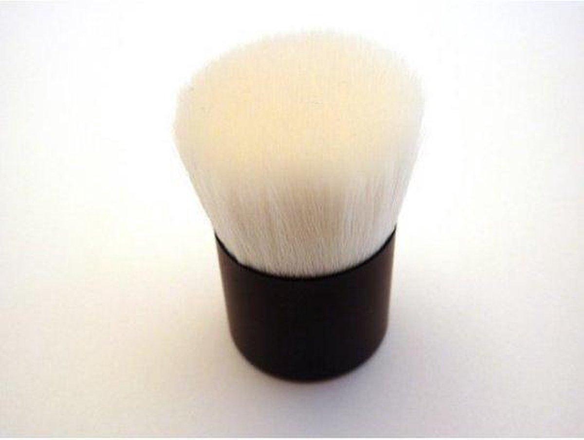 Witte kabuki kwast - Merkloos