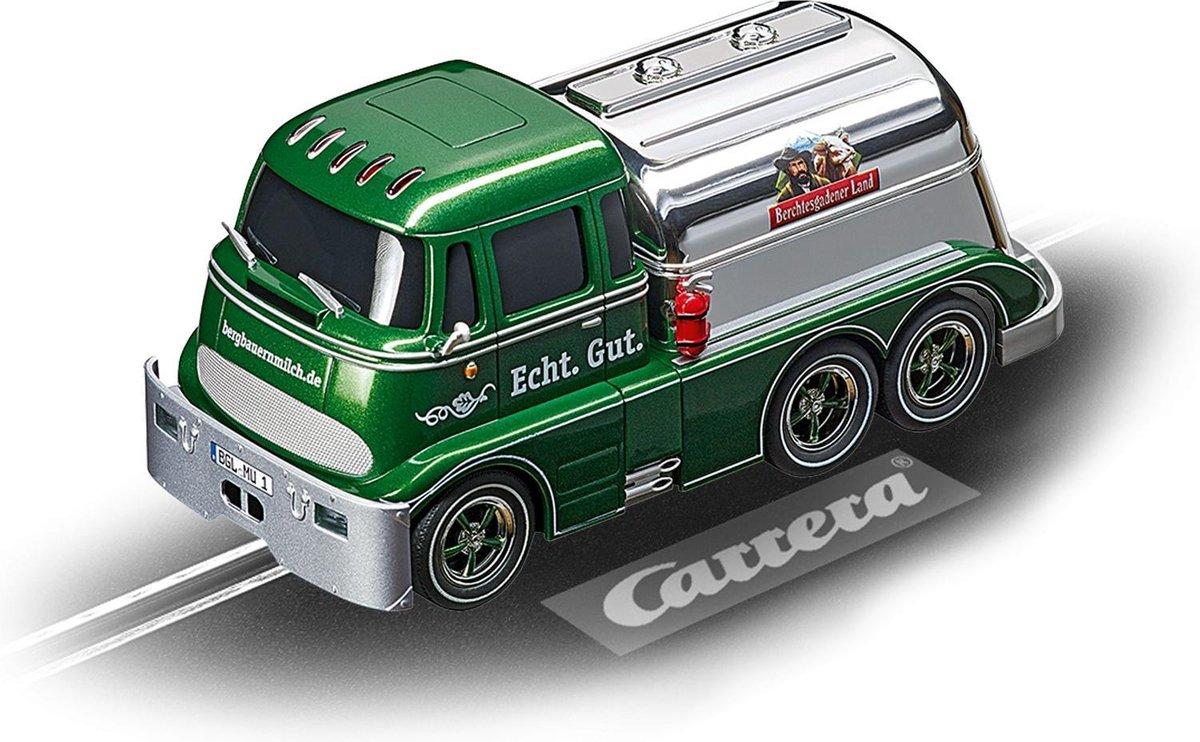 "Carrera DIG132 Carrera Tanker ""Berchtesgadener Landmilch"" - Racebaanauto"
