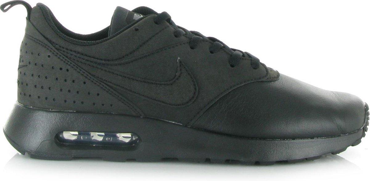 | Nike Air Max Tavas LTR Sneakers Maat 42.5