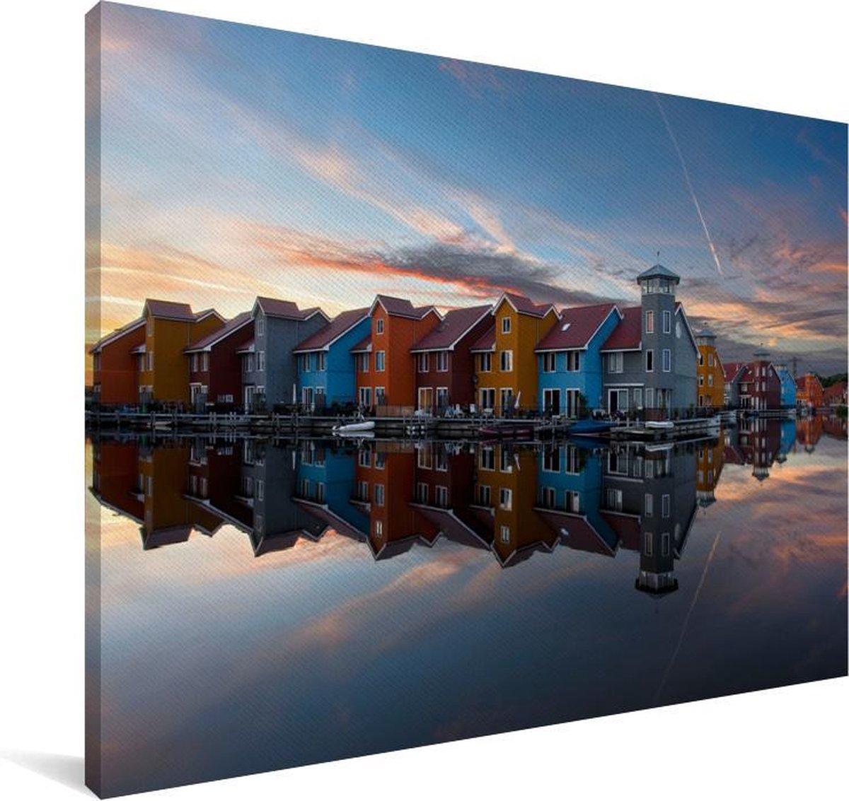 Scandinavische stijl tijdens zonsondergang in Groningen Canvas 180x120 cm - Foto print op Canvas schilderij (Wanddecoratie woonkamer / slaapkamer) / Europese steden Canvas Schilderijen XXL / Groot formaat!