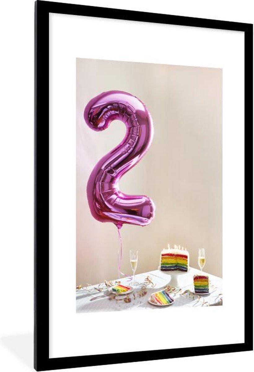 Poster met lijst Nummer 2 - Roze nummer twee ballon met cake - fotolijst zwart - 60x90 cm - Poster met lijst