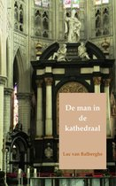 De man in de kathedraal